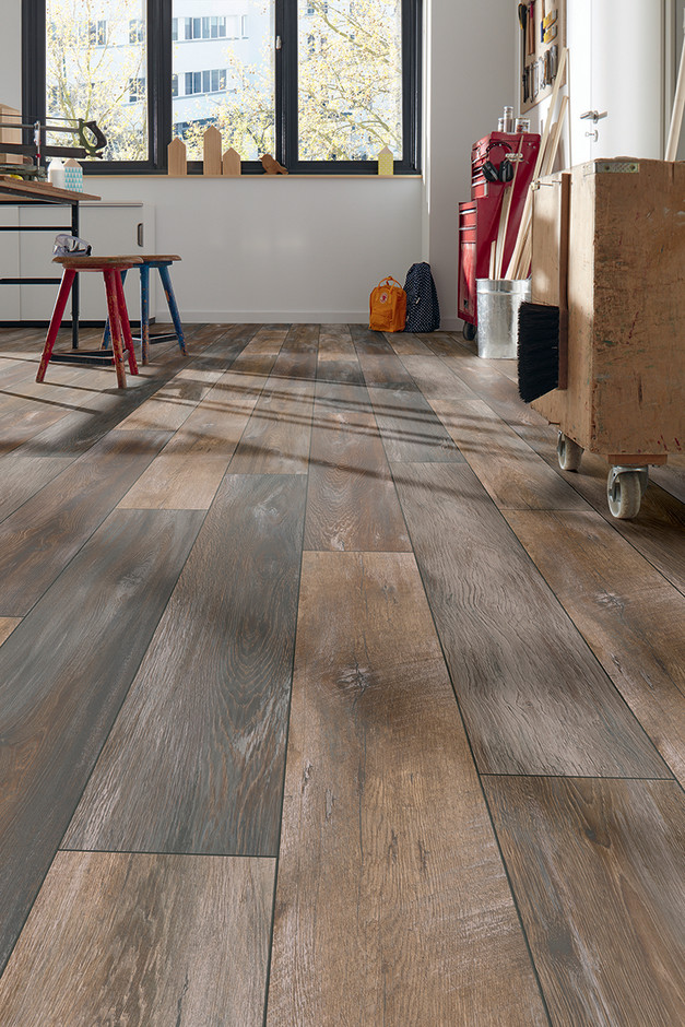 Rustic Oak D4731 Of The Robusto Collection
