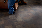 Pettersson Oak dark laminate flooring (D 4163) of the KRONOTEX DYNAMIC collection